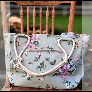 NWT floral farmhouse shoulder bag purse